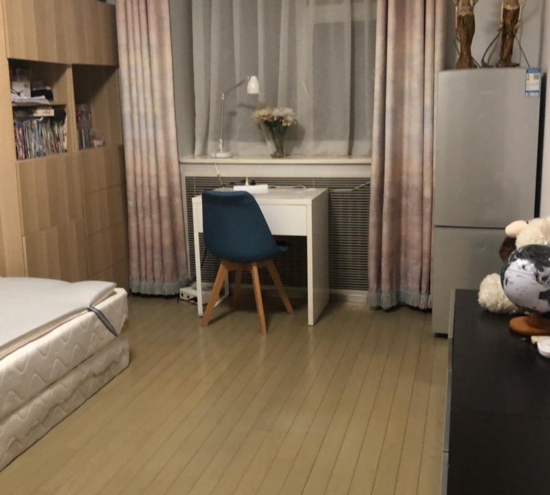 Beijing-Chaoyang-Sanlitun,2 bedrooms,line 2,Replacement