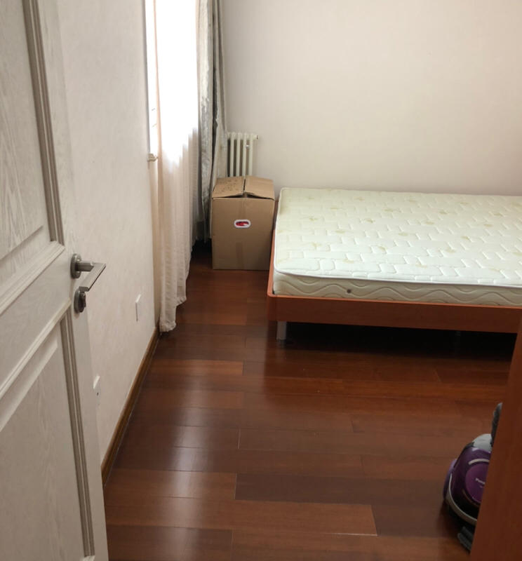 Beijing-Chaoyang-Line 7/10/14,Long & Short Term,Seeking Flatmate,Shared Apartment