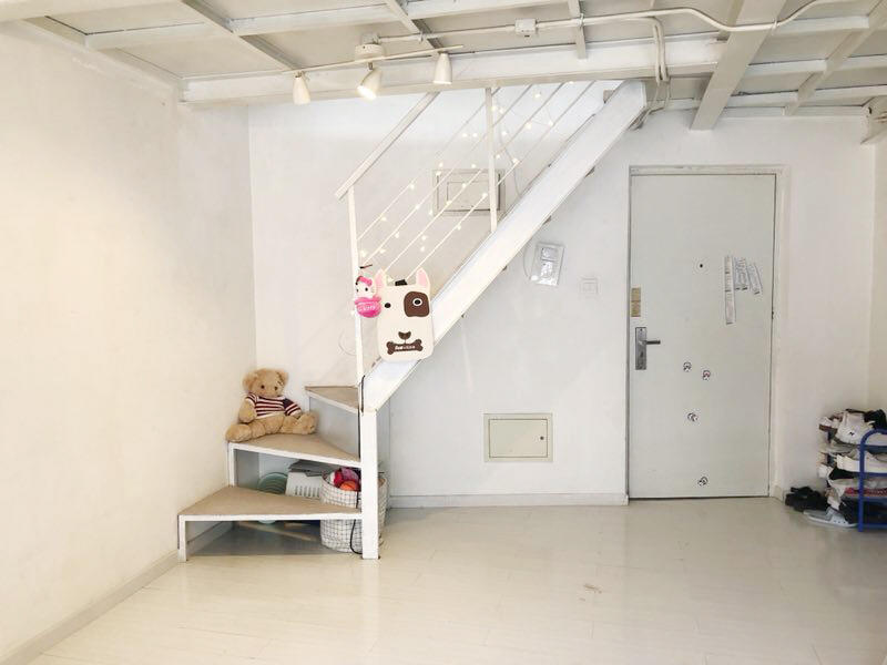 Beijing-Chaoyang-Loft,Single Apartment,LGBT Friendly 🏳️🌈,🏠