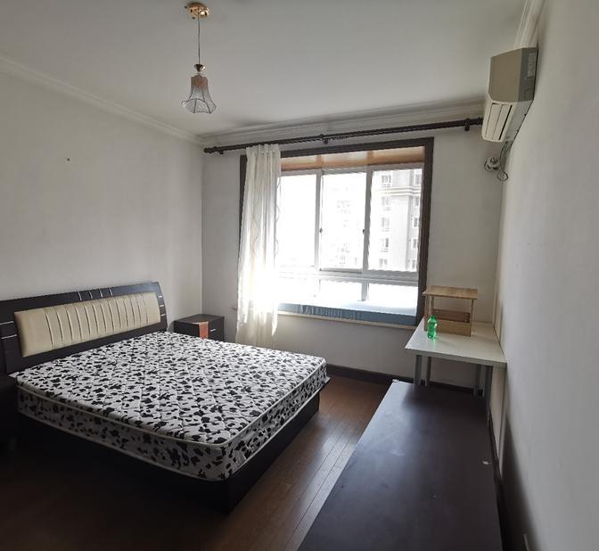 Long & Short Term-Seeking Flatmate-Shared Apartment-Single Apartment-LGBT Friendly 🏳️🌈