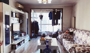 Beijing-Chaoyang-Line 10,Long & Short Term,Short Term,Seeking Flatmate,Shared Apartment,LGBT Friendly 🏳️‍🌈,Pet Friendly