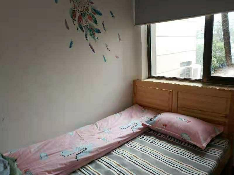 Beijing-Chaoyang-3bedrooms,Shared Apartment,Seeking Flatmate,Long & Short Term,👯‍♀️