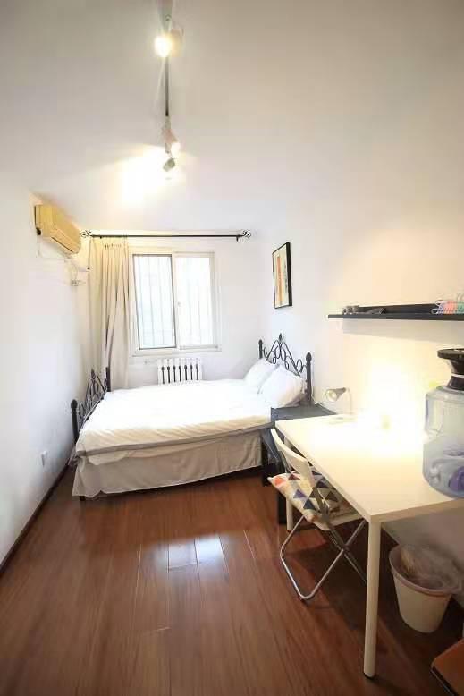 Beijing-Dongcheng-Line 2,👯♀️,Long & Short Term,Seeking Flatmate,Replacement,LGBTQ Friendly,Shared Apartment