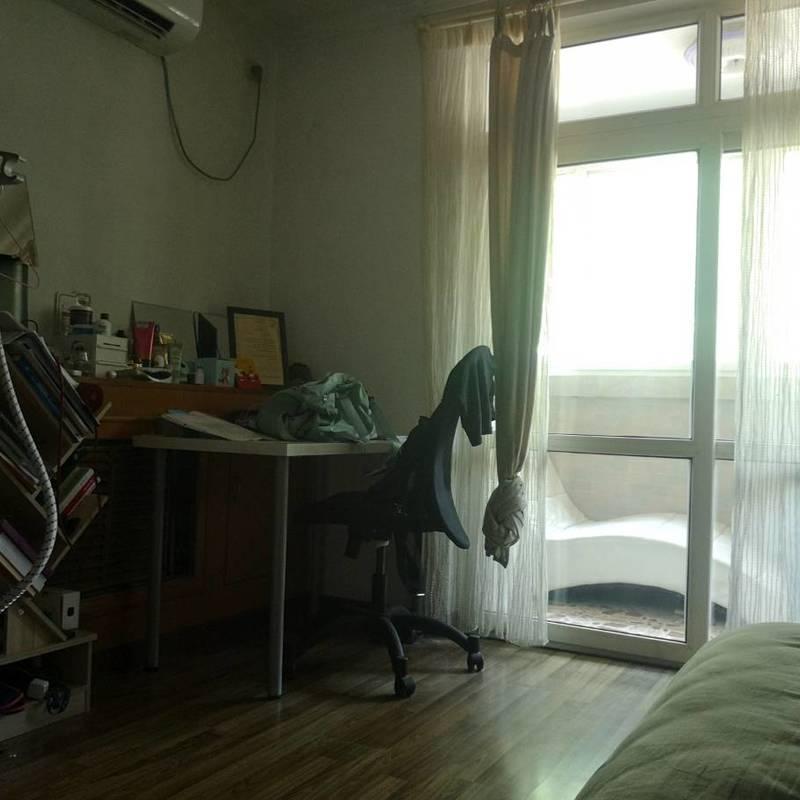 Beijing-Dongcheng-Dongzhimen,Shared Apartment,Replacement,Seeking Flatmate,LGBT Friendly 🏳️🌈,Long & Short Term