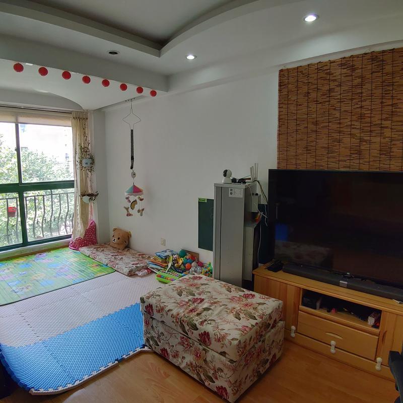 Beijing-Chaoyang-Short Term,Shared Apartment,Seeking Flatmate
