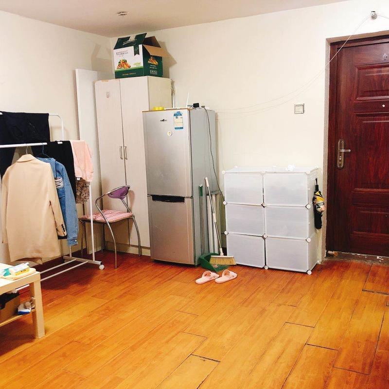 Beijing-Changping-Short Term,Seeking Flatmate,Single Apartment