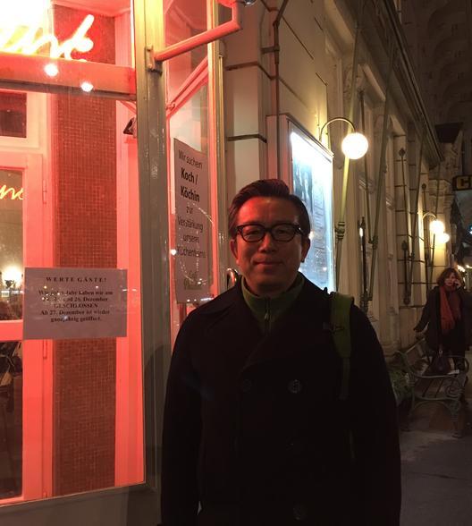张先生 Mr.Zhang