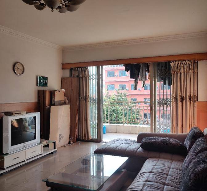 Sublet-Replacement-Shared Apartment